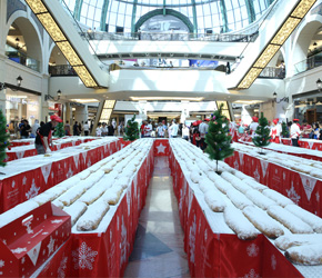 14386-kempinski-hotel-mall-of-the-emirates-and-mall-of-the-emirates-hosts-10th-annual-stollen-cake-s